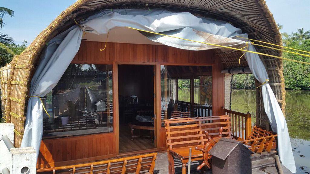 indraprastha houseboat3