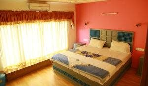 1 bed room houseboat alleppey