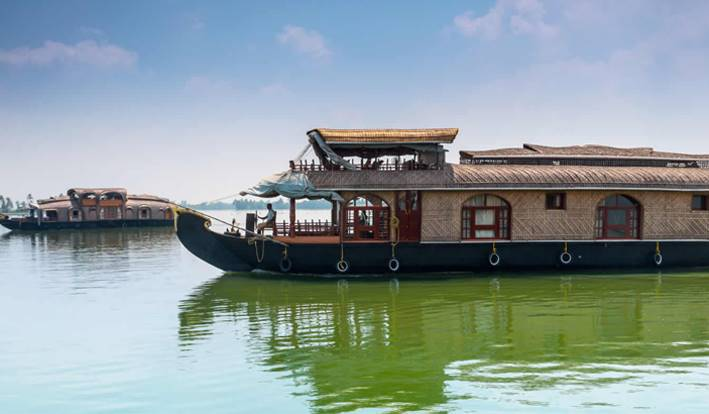 houseboat booking alleppey