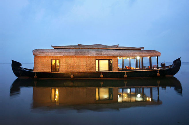 1 bedroom deluxe houseboat