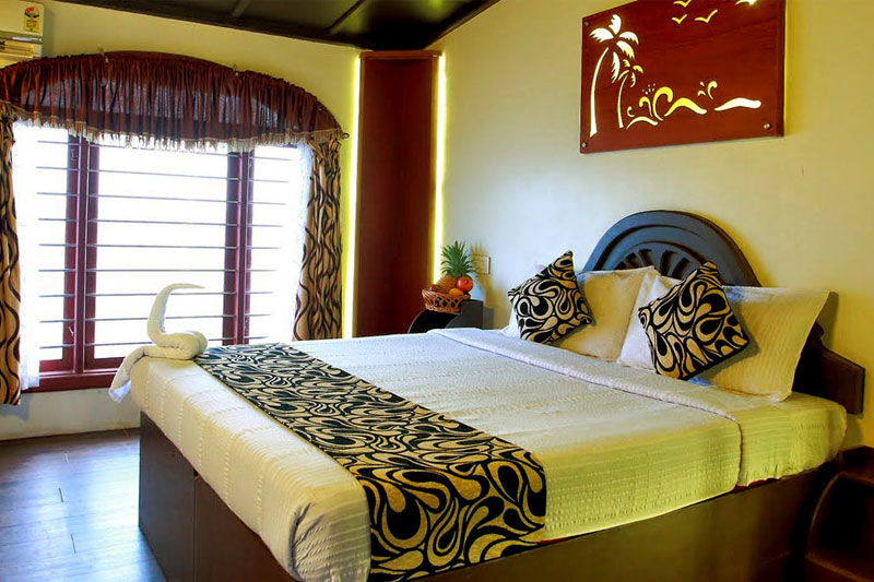 3 bedroom houseboat in alleppey