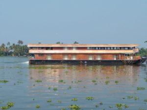 9 bedroom houseboat in alleppey kerala