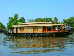 single bedroom boathouse alleppey